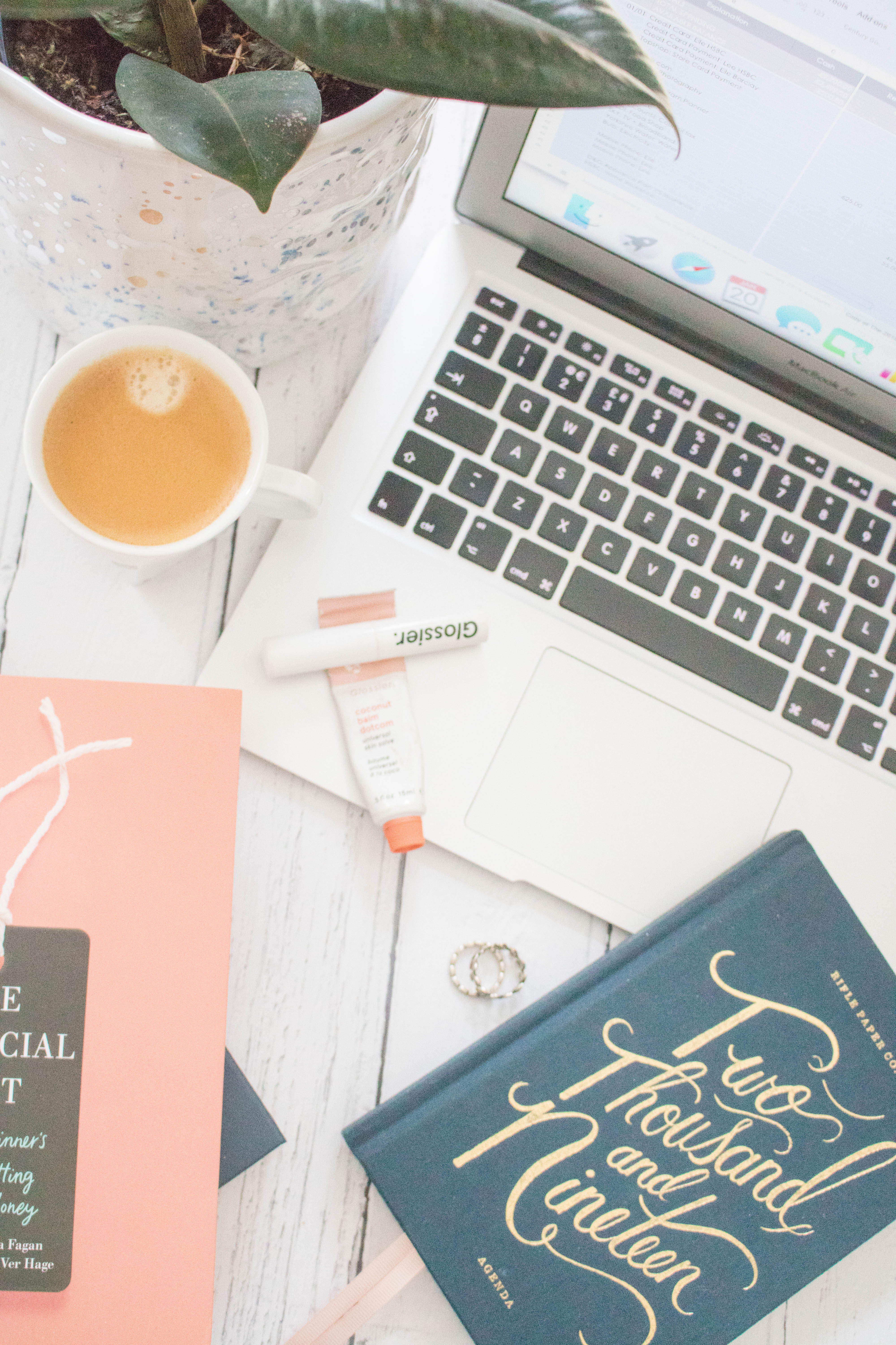 An Edited Lifestyle An Edited Budget How to budget