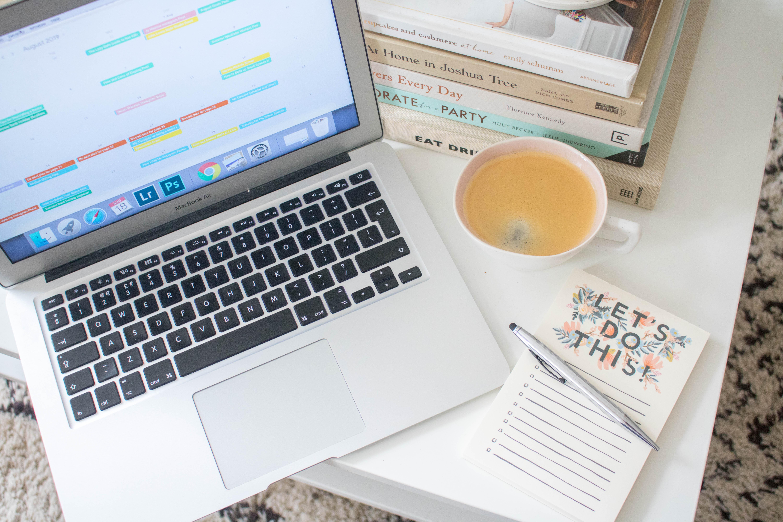 an edited lifestyle blogging content calendar