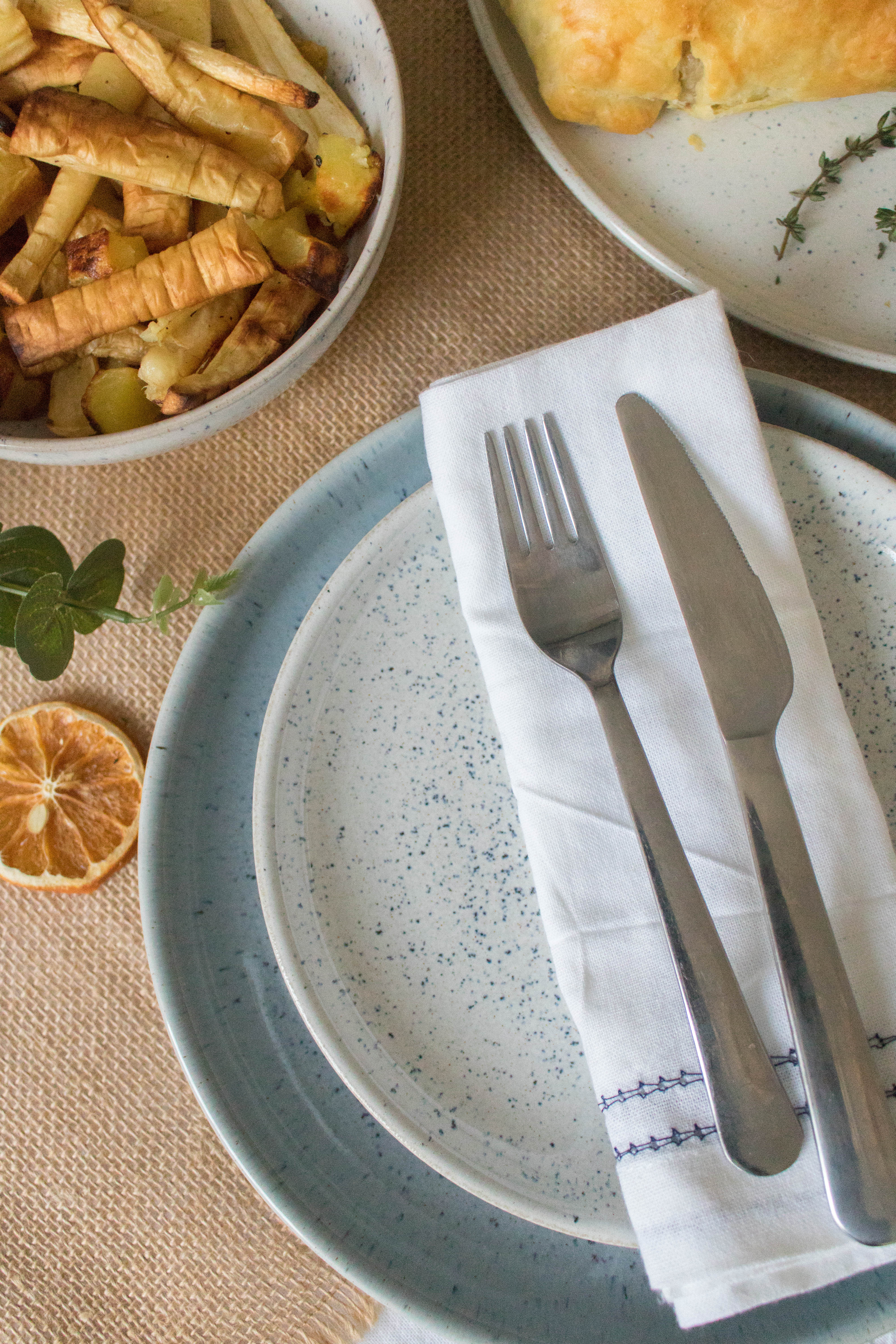 an edited lifestyle christmas table styling denby pottery