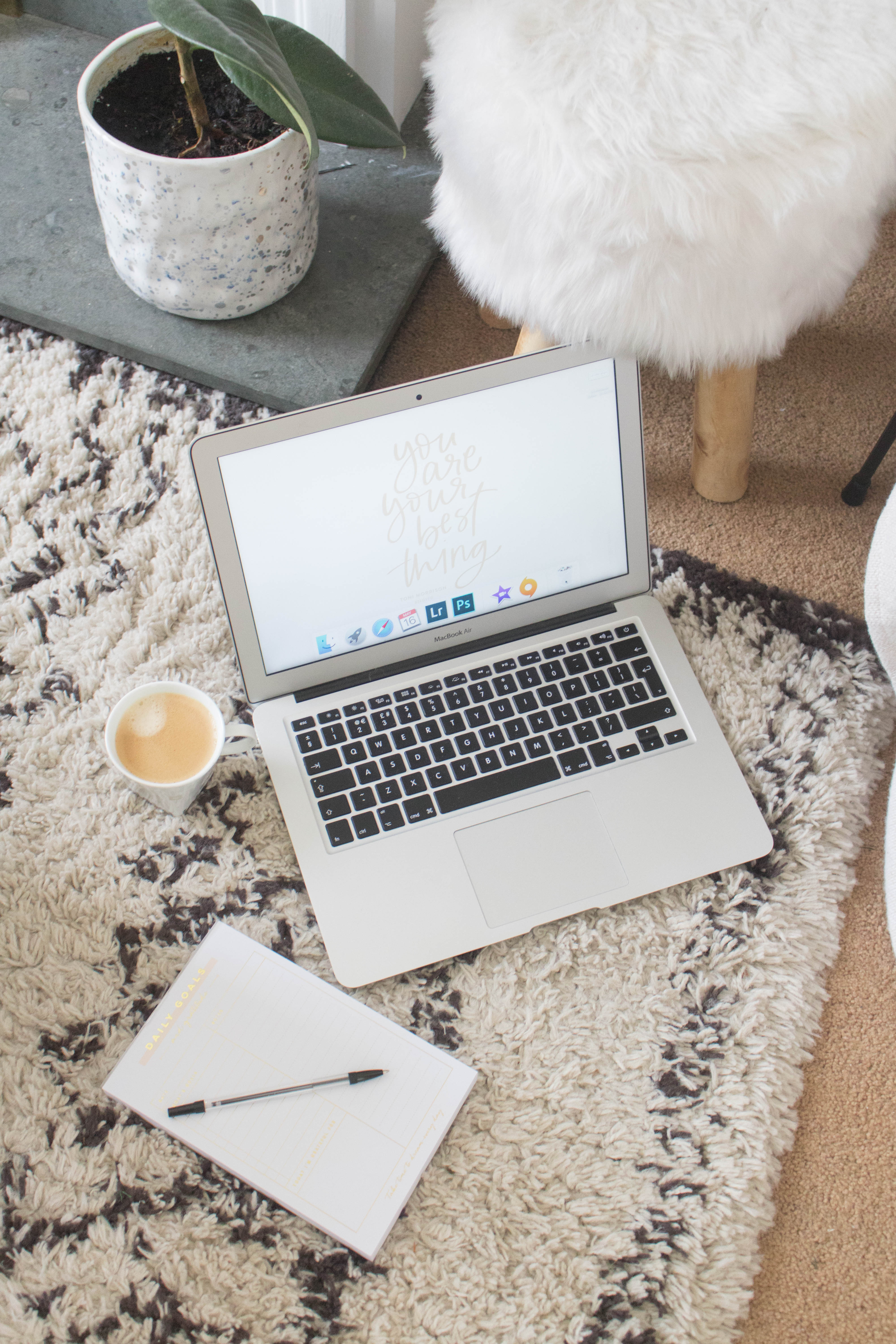 an edited lifestyle career blogging and working full time