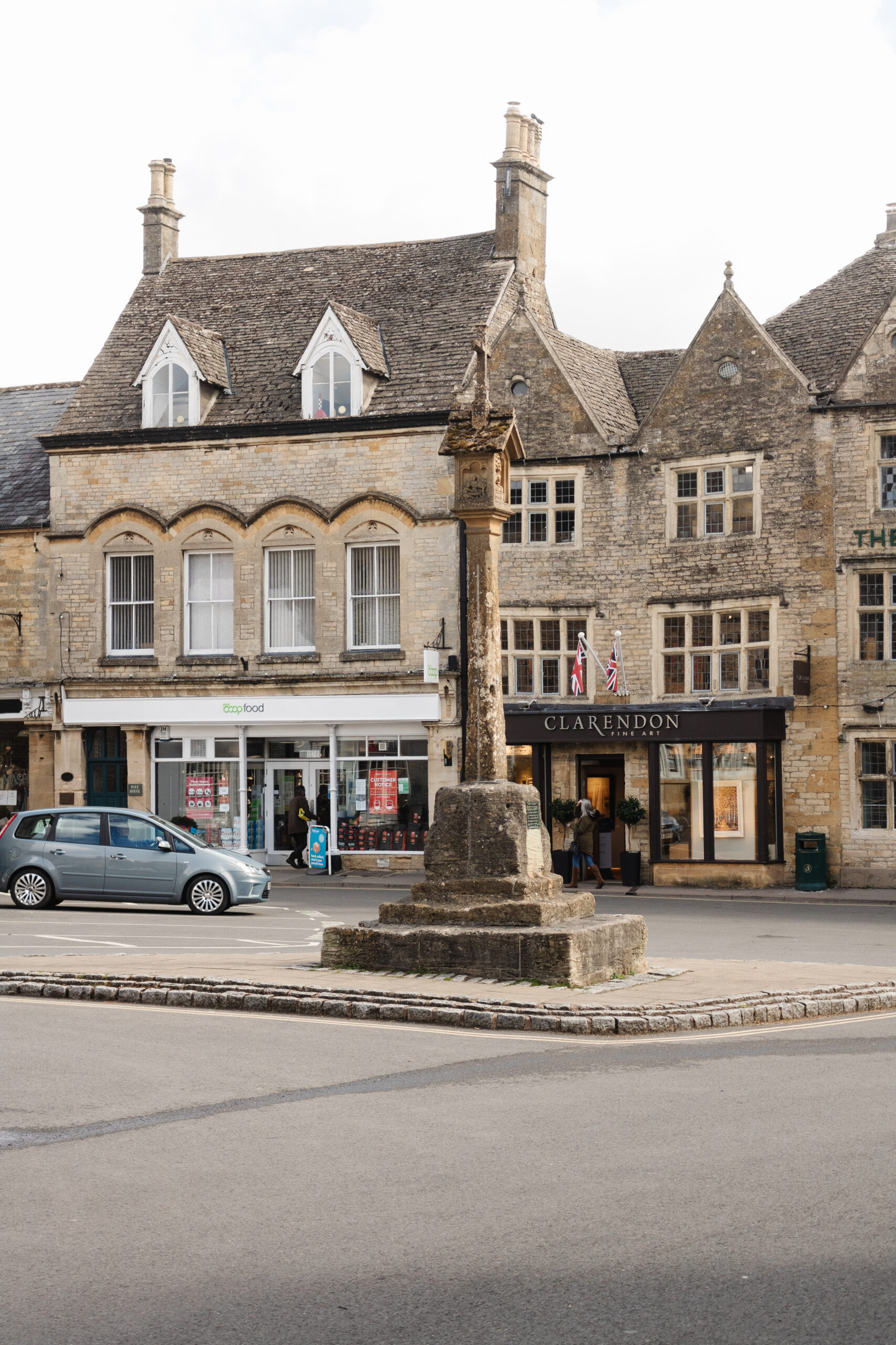 an edited lifestyle travel must-visit villages in the cotswolds
