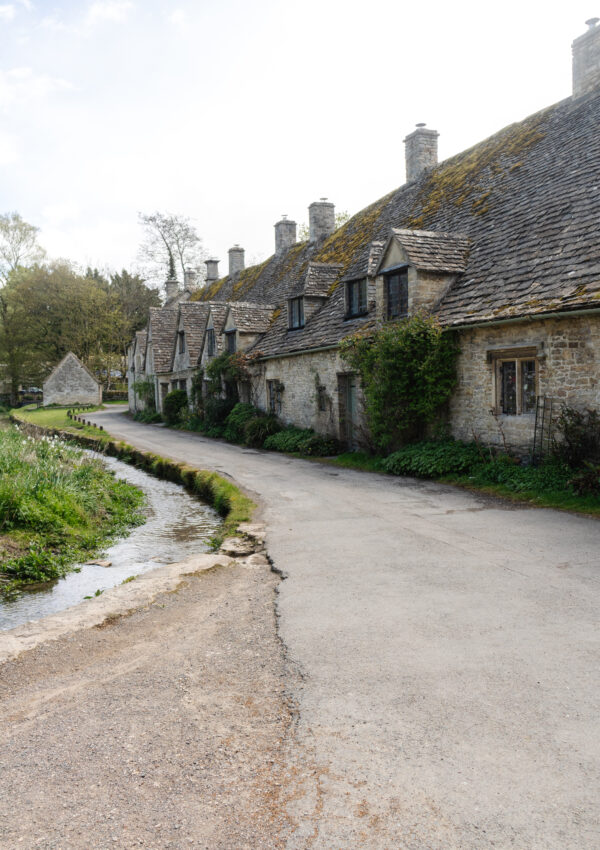 A Guide to The Cotswolds
